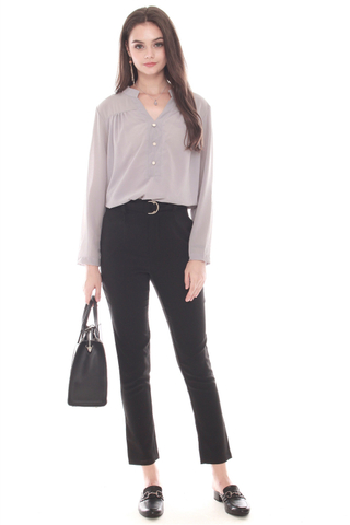 Button Down Relaxed Shirt in Grey