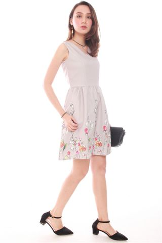 Garden Branches Flare Dress in Grey