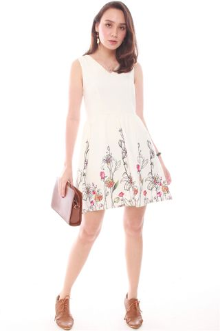 Garden Branches Flare Dress in White