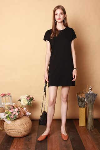 *BACK IN STOCK* Carved Lines Tee Dress in Black