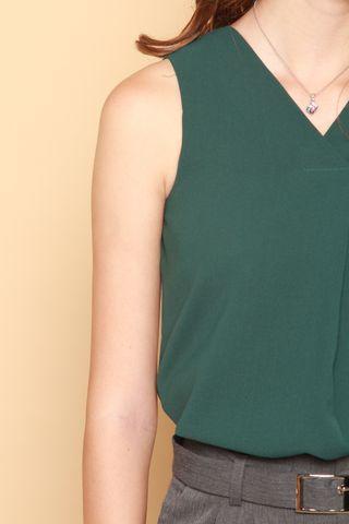 ACW Sleeveless Overlap Top in Emerald