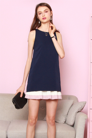 Triple Pleats Colourblock Shift Dress in Navy