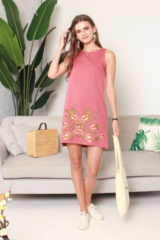 Spring Embroidery Shift Dress in Mauve