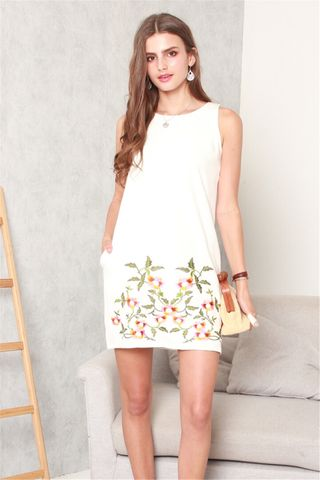 Spring Embroidery Shift Dress in White