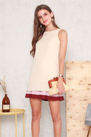 Triple Pleats Colourblock Shift Dress in Cream