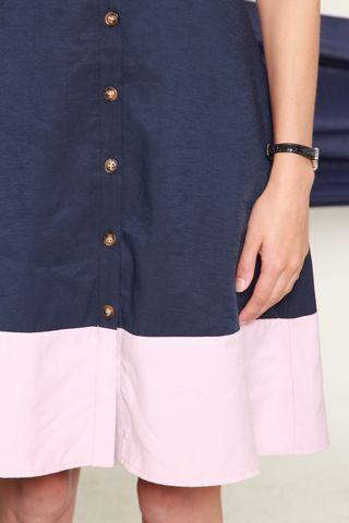 Colourblock Button Down Midi Dress in Navy