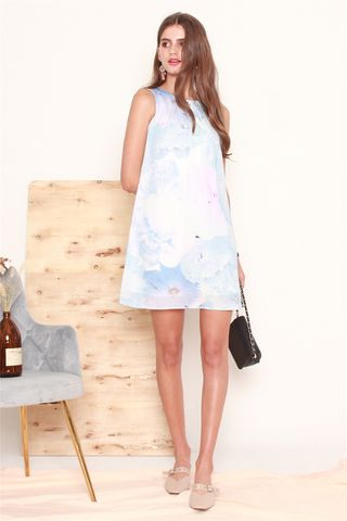 Dreamy Floral Trapeze Dress in Blue