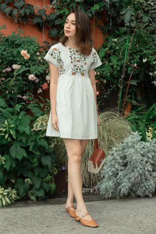 *BACK IN STOCK* ACW Daisy Embroidery Floral Romper Dress in White