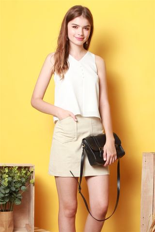 Structured Pencil Skirt in Khaki