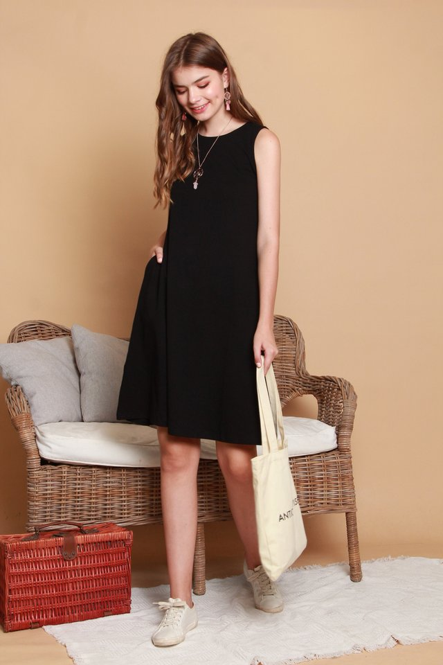 *BACK IN STOCK* ACW Knit Basic Midi Dress in Black