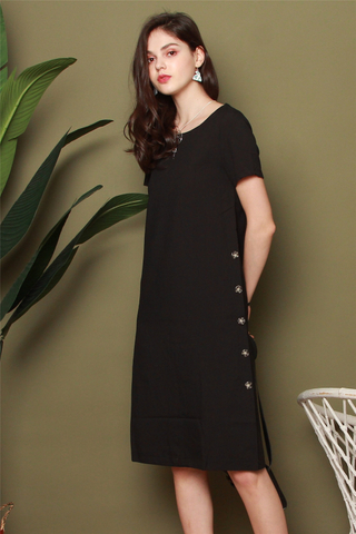 *BACK IN STOCK* Side Button Panel Midi Sleeve Dress in Black