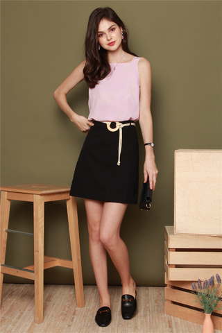 Circle Weave Belted Skirt in Black