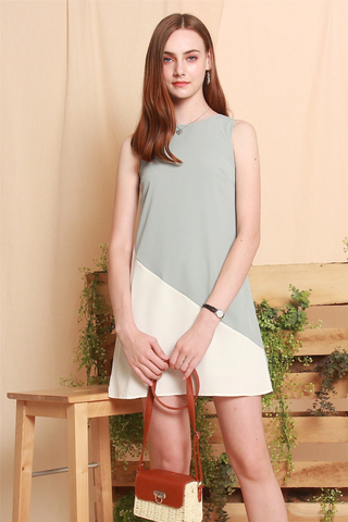 Colourblock Line Trapeze Dress in Mint