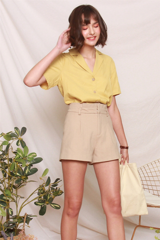Camp Collar Button Down Shirt in Daffodil