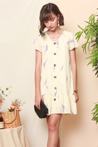 Abstract Print Flutter Sleeve Dress in Ivory