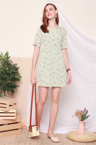Garden Floral Sleeved Babydoll Dress in Seafoam