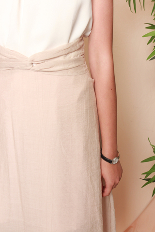 Ruched Detail Midi Skirt in Peach