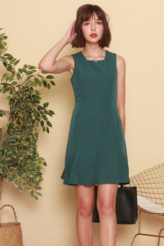 Square Neck Dropwaist Work Dress in Emerald