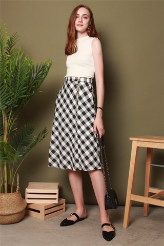 Gingham Circle Midi Skirt in Black