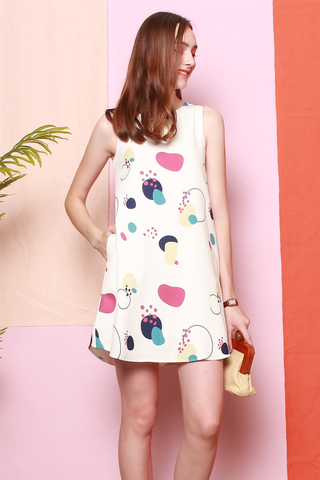 Printed Trapeze Dress in White Circle Abstract