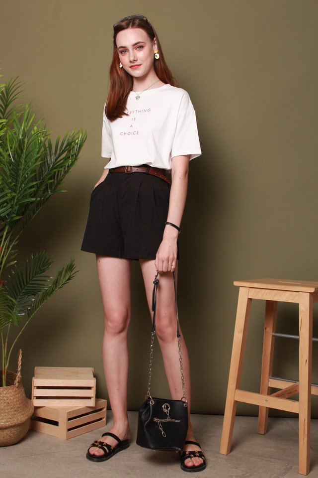 Belted Basic Shorts in Black