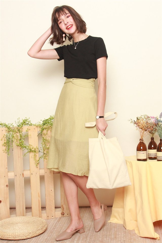 Ruched Detail Midi Skirt in Lime
