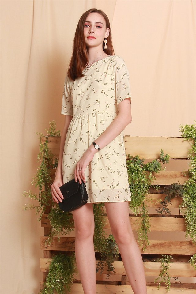 Garden Floral Sleeved Babydoll Dress in Ivory