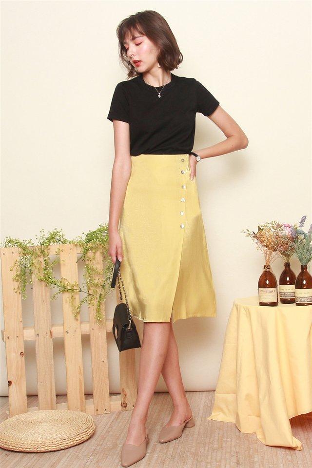 Button Panel Midi Slit Skirt in Lemon