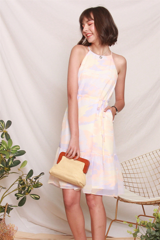 Cut In Ombre Sash Midi Dress