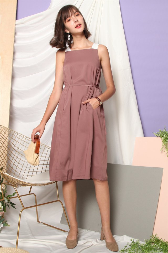 *BACK IN STOCK* ACW Colourblock Cut In Sash Midi Dress in Mauve