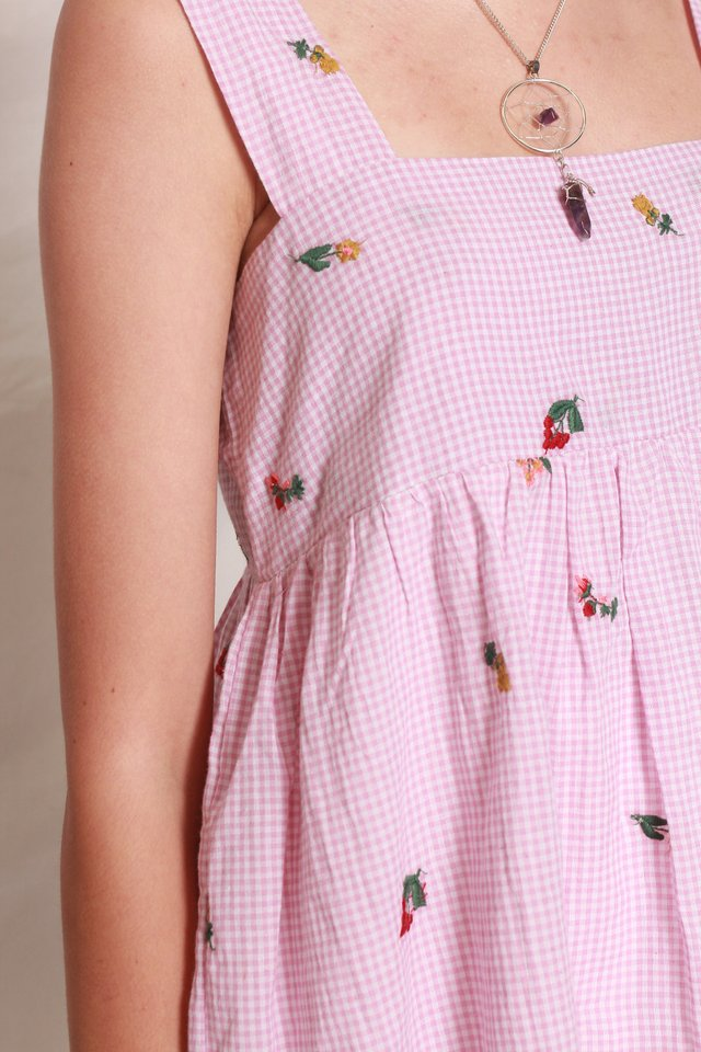ACW Gingham Embroidery Flounce Top in Pink