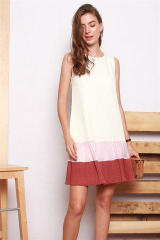 Textured Pleats Colourblock Shift Dress in White