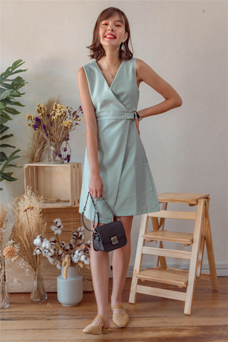 Wooden Buckle Overlap Work Dress in Mint