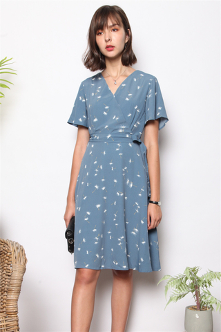 Dandelion Flutter Sleeve Sash Midi Dress in Blue