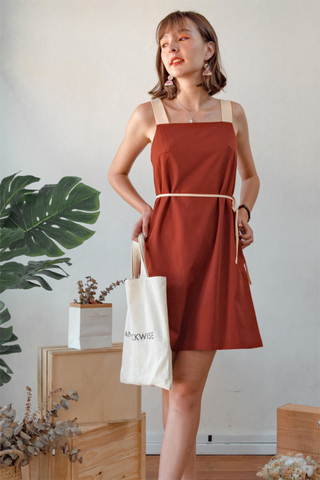 Colourblock Strap Sash Dress in Rust
