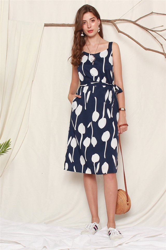 Monochrome Printed Midi Sash Dress in Navy