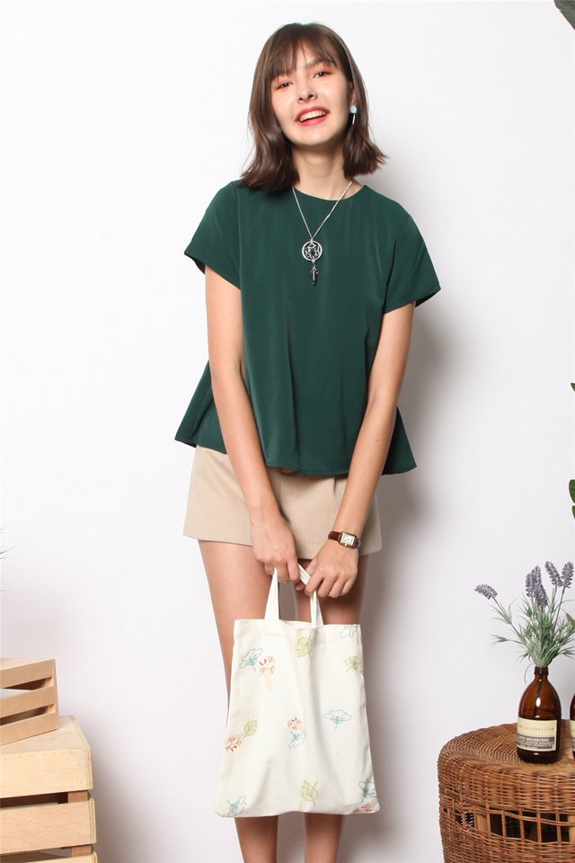 ACW Basic Asymmetrical Sleeve Top in Emerald