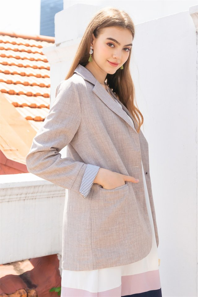 Oversized Tweed Blend Blazer in Sand
