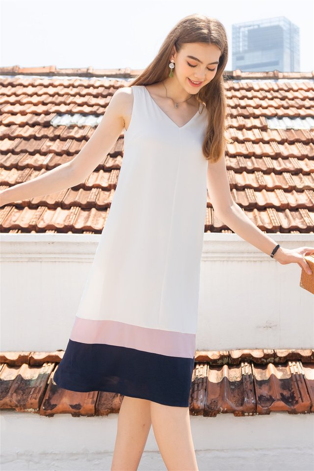 ACW Triple Colourblock Flowy Midi Dress in White