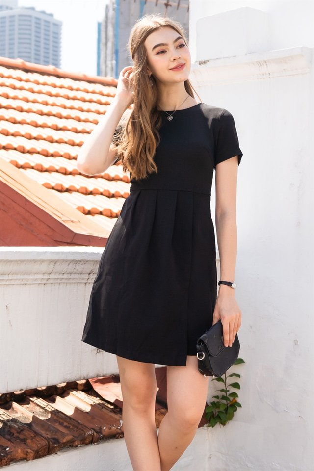 Sleeve Pleats Overlap Work Dress in Black