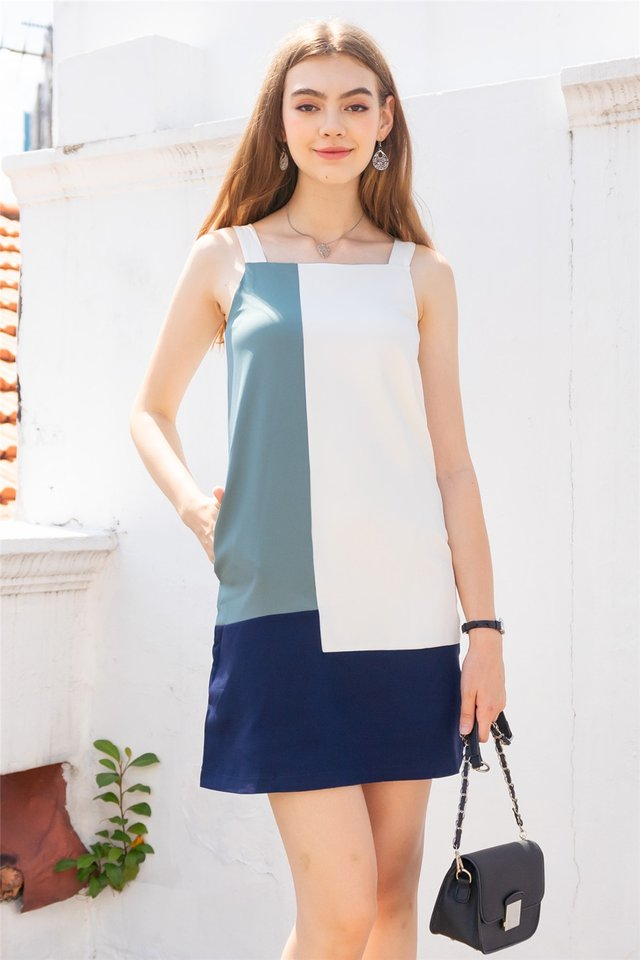 Colourblock Panels Shift Dress in Navy