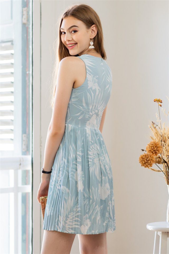 Printed Pleats Babydoll Dress in Mint