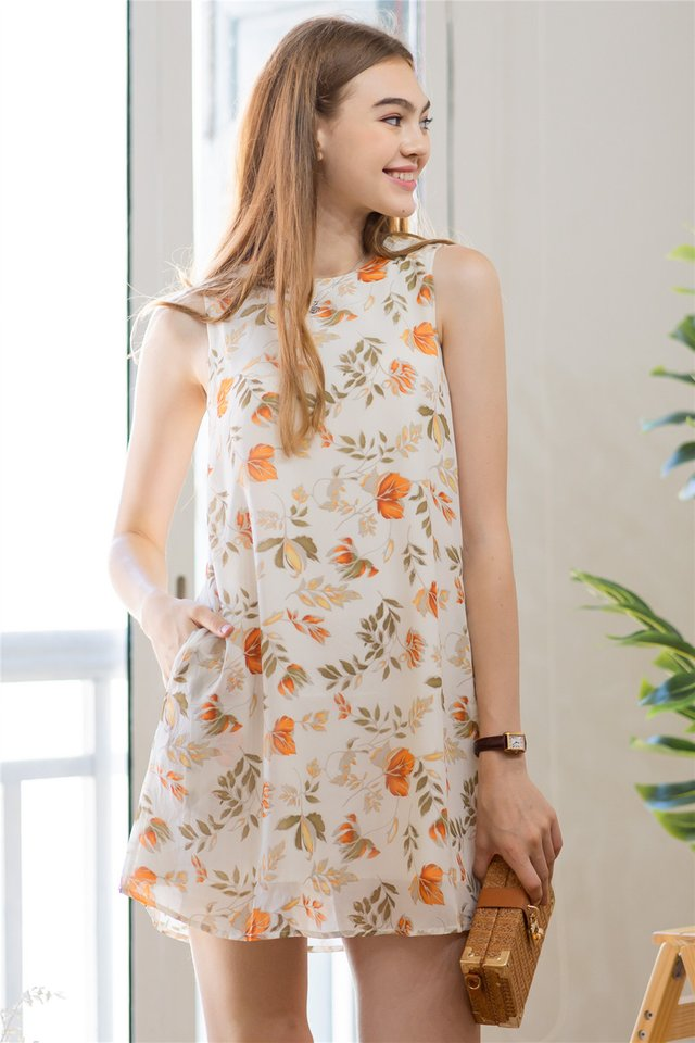 ACW Fall Floral Trapeze Dress in Ivory
