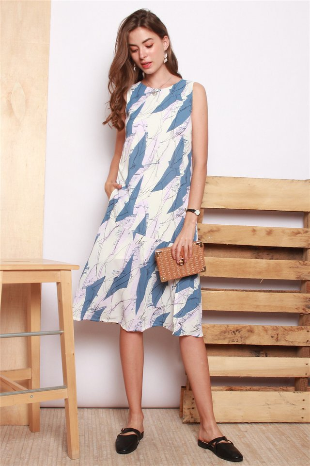 Scribble Lines Flounce Midi Dress