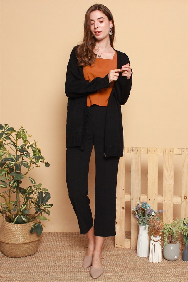 Oversized Knit Cardigan in Black