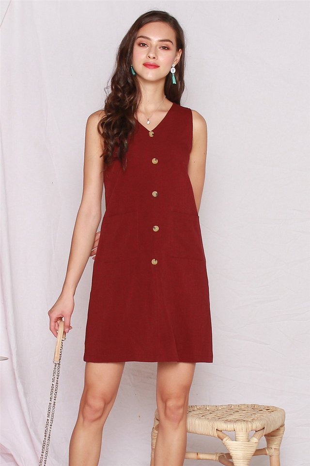 Button Panel Pocket Shift Dress in Wine