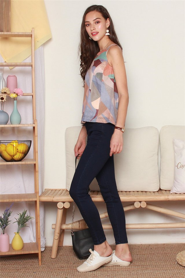 ACW Abstract Shapes Cut In Top in Brown
