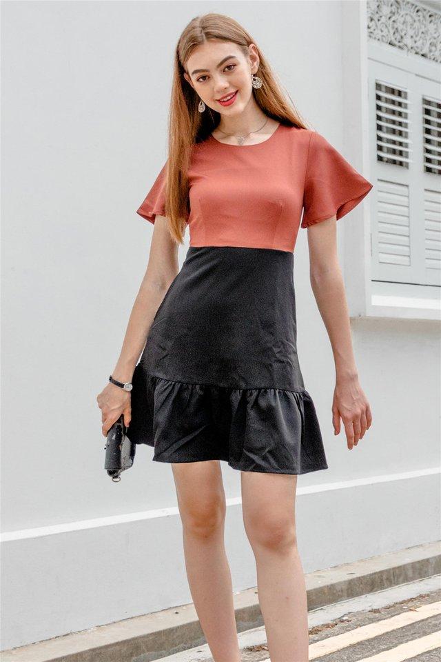 Colourblock Flutter Sleeve Drophem Dress in Rust