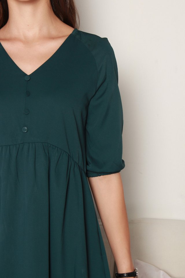 *BACK IN STOCK* Button Panel Babydoll Sleeved Dress in Emerald