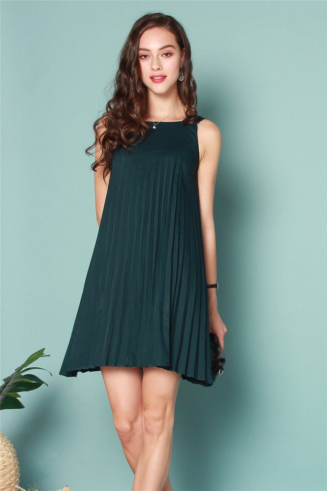 ACW Thick Pleats Cut In Dress in Emerald